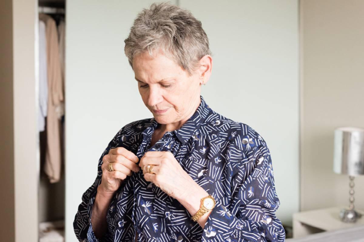Self-Dressing Clothing